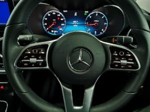 Mercedes-Benz C-Class C220d - Image 13