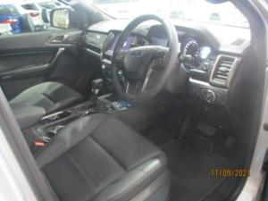 Ford Everest 2.0D BI-TURBO LTD 4X4 automatic - Image 6