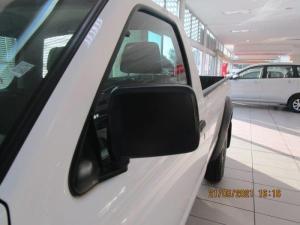 Nissan Hardbody NP300 2.5 TDi LWB 4X4S/C - Image 8