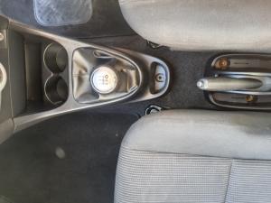 Toyota Etios hatch 1.5 Xs - Image 21