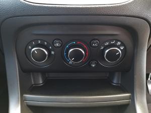 Ford Figo hatch 1.5 Trend - Image 12