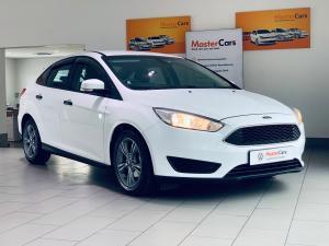 Ford Focus sedan 1.0T Ambiente - Image 1