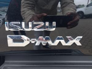 Isuzu D-Max 300 3.0TD double cab LX auto - Image 19