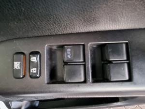 Toyota RAV4 2.0 GX auto - Image 16