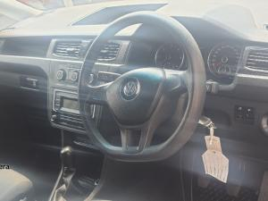 Volkswagen Caddy Maxi 2.0TDI panel van - Image 12