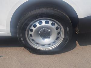 Volkswagen Caddy Maxi 2.0TDI panel van - Image 5