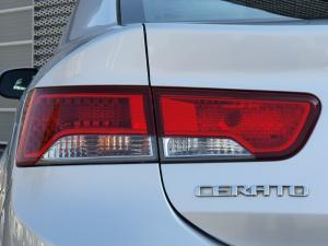 Kia Cerato Koup 2.0 SX - Image 11