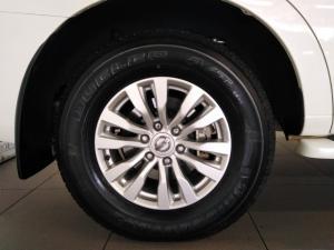 Nissan Patrol 5.6 V8 LE Premium 4WD - Image 17