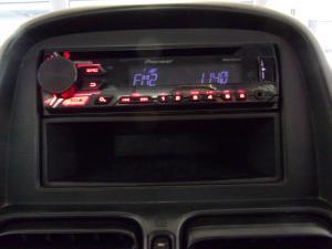 Nissan NP300 Hardbody 2.5TDi 4x4 mid - Image 14