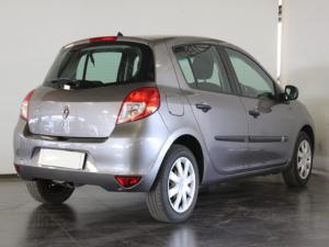 Renault Clio 1.6 Yahoo! - Image 3