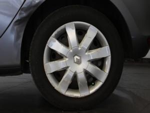Renault Clio 1.6 Yahoo! - Image 9