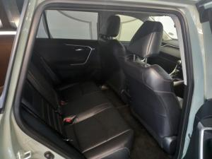 Toyota RAV4 2.0 VX - Image 10