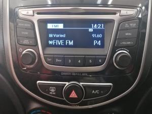 Hyundai Accent sedan 1.6 Glide - Image 10