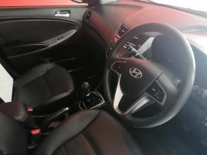 Hyundai Accent sedan 1.6 Glide - Image 6