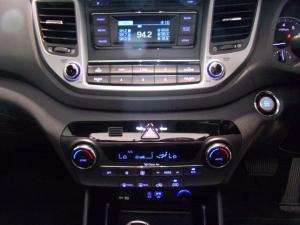 Hyundai Tucson 2.0 Elite auto - Image 13