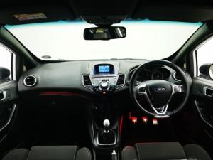 Ford Fiesta ST 1.6 Ecoboost Gdti - Image 6