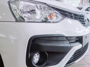 Toyota Etios sedan 1.5 Xs - Image 13