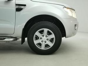 Ford Ranger 3.2TDCi XLT 4X4 automaticD/C - Image 14