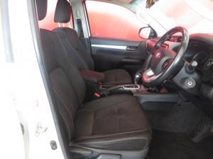 Toyota Hilux 2.8GD-6 double cab 4x4 Raider - Image 12
