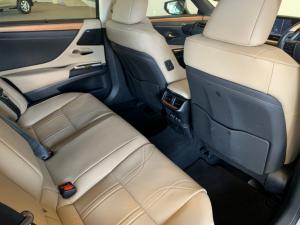 Lexus ES 300h SE - Image 13