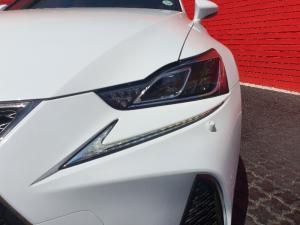 Lexus IS 350 F-Sport - Image 12