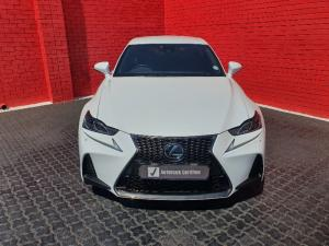 Lexus IS 350 F-Sport - Image 14