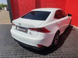 Lexus IS 350 F-Sport - Image 15