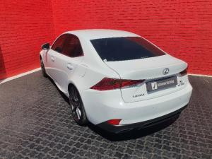 Lexus IS 350 F-Sport - Image 2