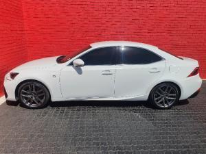 Lexus IS 350 F-Sport - Image 3
