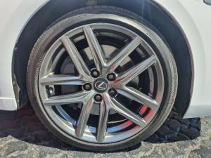 Lexus IS 350 F-Sport - Image 6