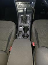 Volkswagen Golf 1.4TSI Comfortline - Image 11
