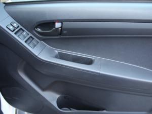 Isuzu D-Max 250 double cab Hi-Ride auto - Image 17