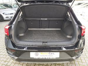 Volkswagen T-Roc 2.0TSI 140kW 4Motion Design - Image 14