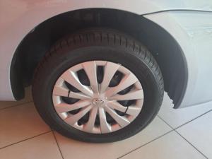Toyota Etios sedan 1.5 Xs - Image 6