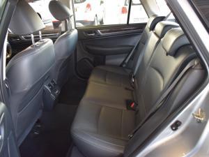 Subaru Outback 3.6 R-S ES Premium - Image 14