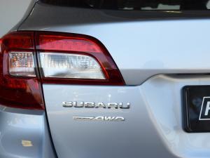 Subaru Outback 3.6 R-S ES Premium - Image 8