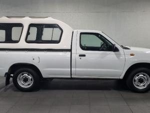 Nissan NP300 Hardbody 2 - Image 10
