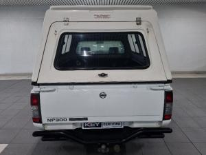 Nissan NP300 Hardbody 2 - Image 6