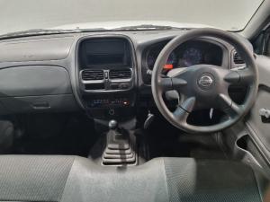 Nissan NP300 Hardbody 2 - Image 8