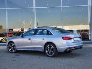 Audi A4 35TDI Advanced - Image 2
