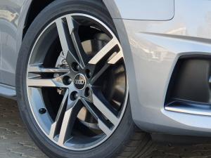 Audi A4 35TDI Advanced - Image 4