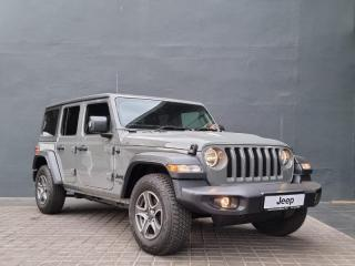Jeep Wrangler 3.6 Sport automatic 4DR