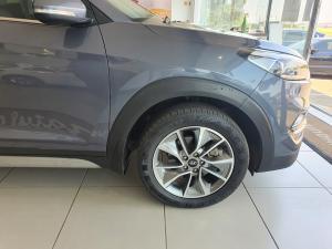 Hyundai Tucson 2.0 Elite auto - Image 9