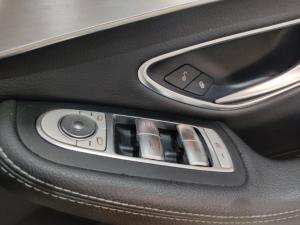 Mercedes-Benz C-Class C180 auto - Image 20