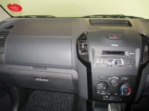 Isuzu D-MAX 250 HO X-RIDER automatic D/C - Image 16