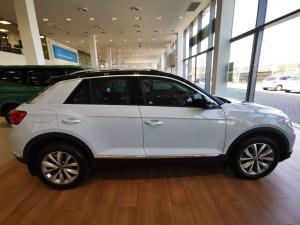 Volkswagen T-Roc 1.4TSI 110kW Design - Image 3