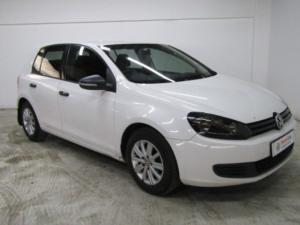 Volkswagen Golf VI 1.6i Trendline - Image 1