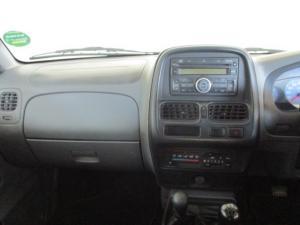 Nissan Hardbody NP300 2.5 TDi 4X4D/C - Image 18