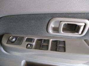 Nissan Hardbody NP300 2.5 TDi 4X4D/C - Image 21