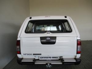 Nissan Hardbody NP300 2.5 TDi 4X4D/C - Image 8